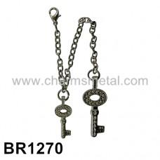 BR1270 - Bracelet With Key Charms