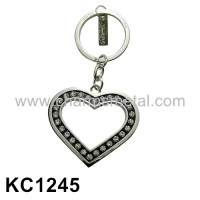 KC1245 - Heart With Crystal Metal Key Chain